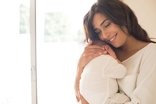 给姓金的初生女婴取名